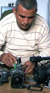 JEUDI 24 OCTOBRE 2013 à 20 h ▶ 5 caméras brisées, de Emad Burnat et Guy Davidi